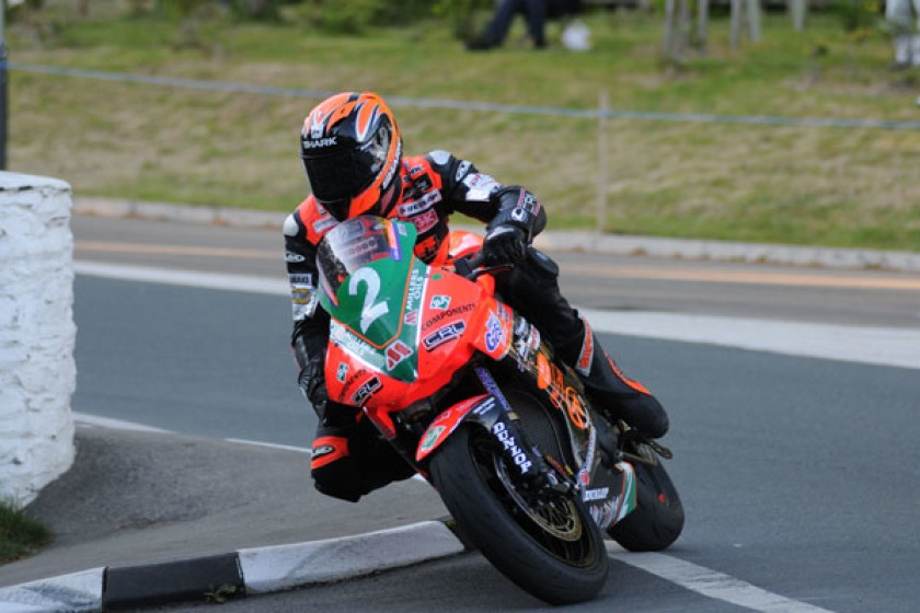 Ryan Farquhar on the KMR Kawasaki (Pacemaker Press Intl.)