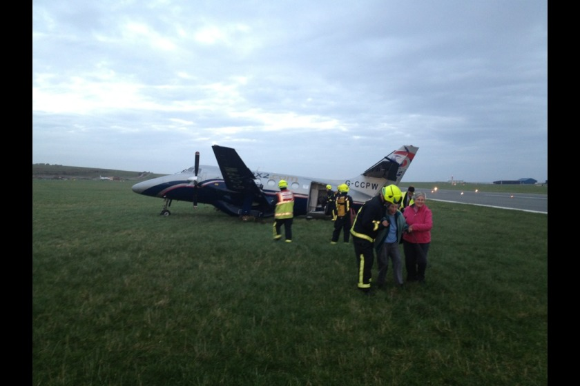The plane just after the incident, taken by one of the passengers and posted on Twitter