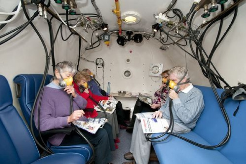 The Island's hyperbaric chamber (picture from hyperbaric.im)