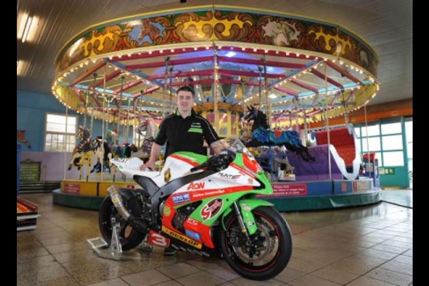 Michael Dunlop is to ride for Paul Bird Motorsport at TT 2011