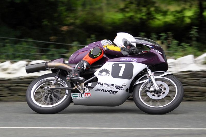 Olie Linsdell topped the 500cc Classic category - photograph by Dave Kneen