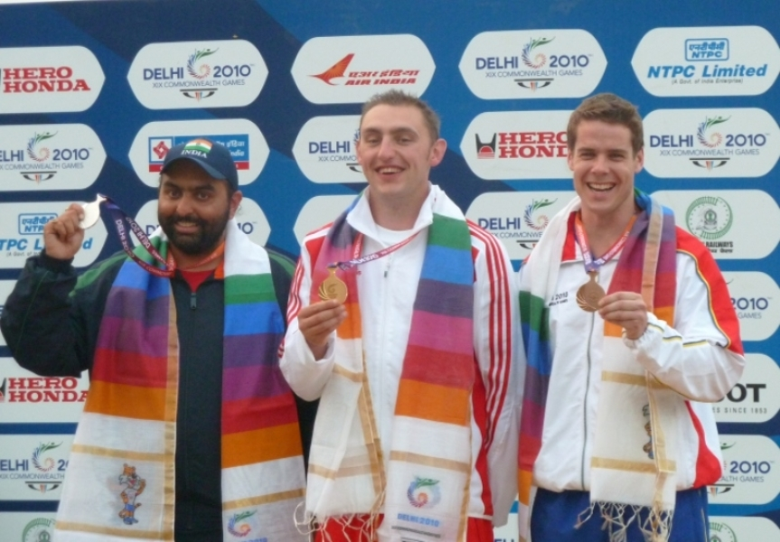 Tim Kneale (right) on the podium